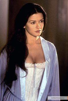 Catherine Zeta-Jones in The Mask of Zorro (1998)