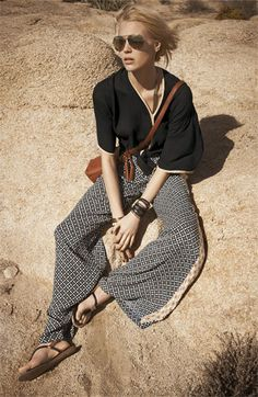 Ella Moss 'Biarritz' Print Pants, but this is the perfect outfit! Looks Street Style, Looks Style, Style Me, Fashion Mode, Look Fashion, Womens Fashion, Female Fashion, Nail Fashion, High Fashion