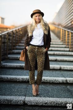 wow can she put an outfit together or what? Zhanna Romashka in Florence. Animal Print Pants, Leopard Print Pants, Leopard Prints, Animal Prints, Coco Chanel, Her Style, Cool Style, Everyday Look, Fashion Details