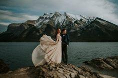 36 Photos That Prove Wind is a Wedding Photographer's Best Friend