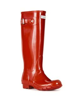 Original Tall Gloss Wellies from Hunter in Pillar Box Red. I already have these in Chocolate and love them. The slightest chance of rain outside and I've already got my Wellies on. <3 Note: If you plan on buying these and have not tried them on, they don't come in 1/2 sizes.