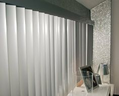 Glitter Wallpaper (Silver) - price per metre , http://www.amazon.co.uk/dp/B00E2U0U5Y/ref=cm_sw_r_pi_dp_i7CVsb19BAZ93
