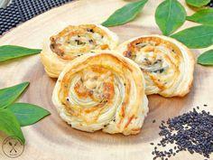 Ciasto Śnieżny puch – bez pieczenia – w kilka minut! Cheddar, Shrimp, Garlic, Food And Drink, Meat, Baking, Vegetables, Breakfast, Recipes