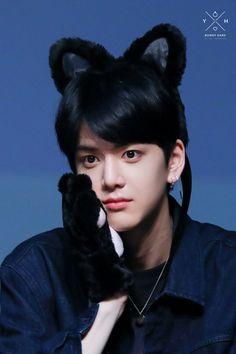 younghoon — the boyz Chang Min, Kim Sun, Lee Sung, Light Of My Life, Flower Boys, Kpop Boy, K Idols, My Boyfriend, Boy Groups
