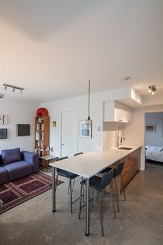 Coin repas Condo, Conference Room, Table, Design, Furniture, Home Decor, Corner Dining Nook, Decoration Home, Room Decor