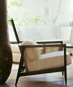 Simple classic furniture chairs 23 ideas for 2019 Handmade Furniture, Upcycled Furniture, Vintage Furniture, Classic Furniture, Furniture Styles, Furniture Design, Furniture Chairs, Sofa Design, Garden Lounge Chairs