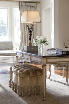 Classic Home Design in Neutrals, Whites, and Touches of Black (via Ebanista) Luxury Furniture, Furniture Design, Marble Furniture, Tufted Ottoman, Ottoman Footstool, Cool Ideas, Elegant Homes, Classic House, Sweet Home