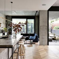 The Design Files - A Home Of Luxury And Layers - photo, Derek Swalwell. Home Design, Küchen Design, Modern House Design, Interior Design Kitchen, Design Ideas, Layout Design, Design Trends, Bar Designs, Design Bathroom