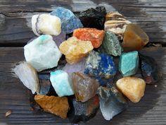 "1/2 LB BULK BRAZIL MIX LARGE 1"" ROUGH CRYSTALS ROCK STONES 1100+ CARATS in Collectibles, Rocks, Fossils & Minerals, Crystals & Mineral Specimens   eBay"