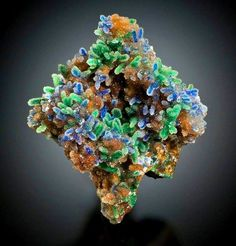 Extraordinary Quartz encrusted malachite and azurite, 12.7 cm tall from El Cobre, Zacatecas, Mexico Graeber collection Jeff Scovil photo visit: Amazing Geologist
