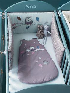 Tour de lit bébé brodé chambre Hou le hibou FOND GRIS - vertbaudet enfant
