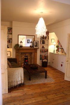 Maximizing a smallish family room. The Swenglish Home: March 2011