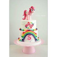 Naz Su 5 yaşında! duygumasali.com #colourful #rainbow #photooftheday #picoftheday #cakedesign #ponny #mylittlepony #pinkiepie #dessert #food #foodie #foodpic #foodie #cake #pasta #ponycake #ponypasta #duygumasali #edirne #edirnepasta #edirnebutikpasta #sekerhamuru #gumpaste #tag #swag #tagsforlikes #like #love #amazing #gokkusagi