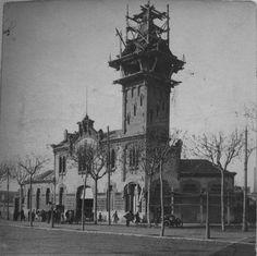 Notre Dame, Big Ben, Exterior, Building, Terminal, Harley Quinn, Vintage, Trains, Barcelona City