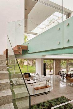 Casas Minimalistas y Modernas: Casa Moderna en Guatemala