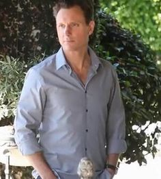 Scandal - I don't care if he's old enough to be my dad. He is way hot and very sexy! Abc Shows, Best Tv Shows, Best Shows Ever, Favorite Tv Shows, Favorite Things, Fitzgerald Grant, Tony Goldwyn, Mr President, Gq Fashion