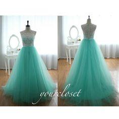 Lace prom dress #coniefox #2016prom