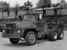 Mack DM885SX '1964–87