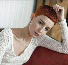 ✄✄get in the chair ✄✄ Super Short Pixie Cuts, Super Short Hair, Short Hair Cuts, Short Hair Styles, V Bangs, Crop Haircut, Redhead Makeup, Henna Hair, Edgy Hair