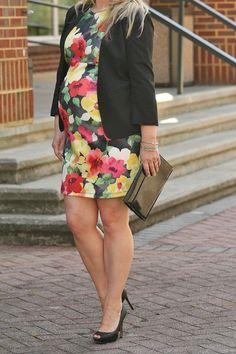 floral dress, cute maternity floral dress, maternity style, ASOS maternity, trendy maternity outfits, cute maternity dress, how to dress while pregnanty, black blazer