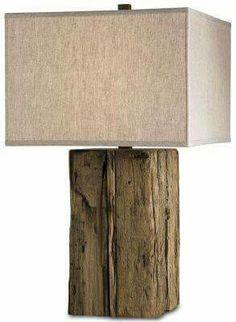 Candeeiro com tronco velho