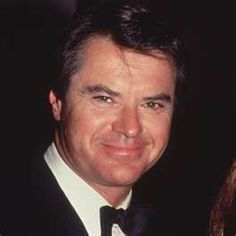 Robert Urich (12/19/46 - 4/16/2002) American actor. He played the starring roles in the television series Vega$ and Spenser: For Hire.