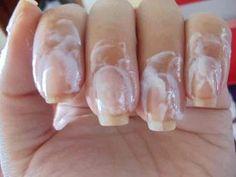 Fazendo-as-unhas - Uma dica para ter unhas sempre bonitas, com cutículas hidratadas e sem necessidade de usar alicate de unhas.