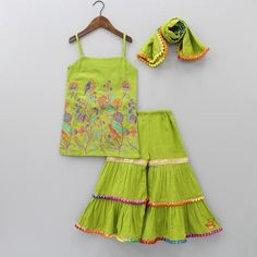 Are you looking for the best wedding sharara dress for your little girl? Here are the new styles of baby girl's sharara dress designs 2020 for wedding. Whatsapp for more details : 👉 DESIGNER DRESSES WITH IMPORTED FABRIC 👉 Baby Girl Birthday Dress, Baby Girl Party Dresses, Dresses Kids Girl, Kids Outfits Girls, Baby Dress, Kids Indian Wear, Kids Ethnic Wear, Kids Frocks Design, Baby Frocks Designs
