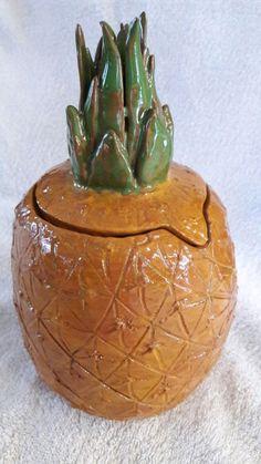 Ананас керамика
