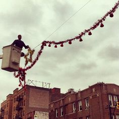 """@thequeenskickshaw's photo: """"It's officially Christmas in Astoria."""""""