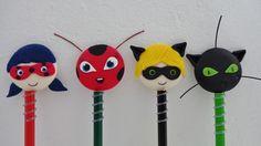 Lembrancinhas ponteiras de lápis , Tema Ladybug Miraculos, ideal pra festas infantis .    Decoração da mesa de aniversario      Lápis não incluso      Quantidade mínima de 35 unidades.
