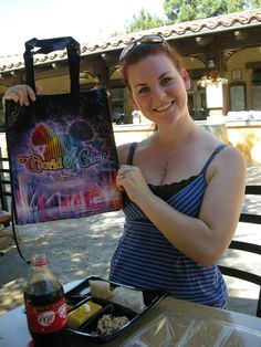 Mouse House Musings: Free Souvenirs at Disneyland??