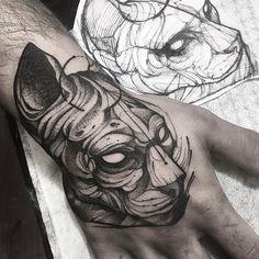 Cat tattoo by Fredao Oliveira @ fredao_oliveira