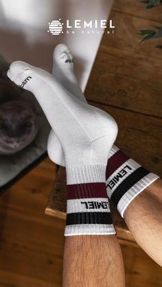Entscheide dich für umweltfreundliche Socken 🧦 #Socks #Socken #crewsocken #tennissocken #cat #katze #bkhs Sport Socks, Sporty, Pairs, Unisex, Retro, Cotton, Stuff To Buy, Ingolstadt, Tennis Socks