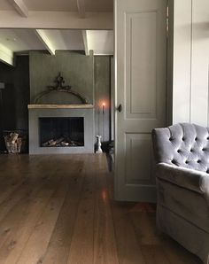 Fortunately, She agreed and we should now be at her, actually looking in her own house with a special story. Decor, House Design, House, Interior, House Inspiration, Show Home, Home Deco, Fireplace, Cozy Place