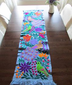 Camino de Mesa tono azul Textil Mexicano por ArteDeMiTierraMX