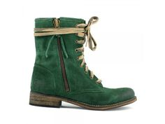 Gypsy Living Traveling In Style| Serafini Amelia| Travel Ready -green boot.