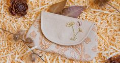 """Cosmetic Bag / Pouch  """"Country"""". DIY Photo Tutorial and Template Pattern.  Photos  from the site able-hands.blogspot.ru"""