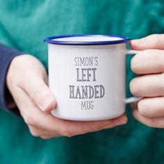 Si te has quedado corto de ideas para un regalo, aquí tienes 31 tazas que te resolverán el dilema. ¿A quién le vas a regalar la taza más original?