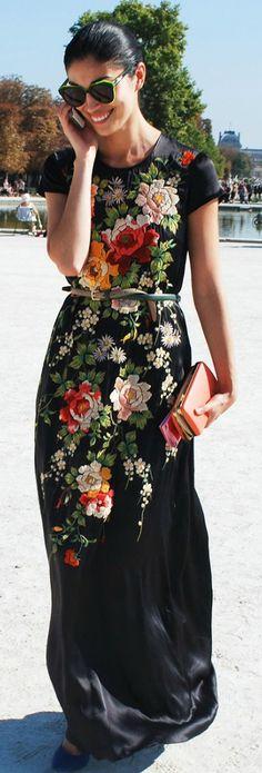Beautiful floral print maxi dress #floralprint #maxidress #streetstyle