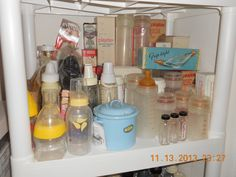 Best Baby Bottles, Good Ole, My Childhood Memories, Vintage Dishes, My Photos, Retro, Pacifiers, Tupperware, Baby Things
