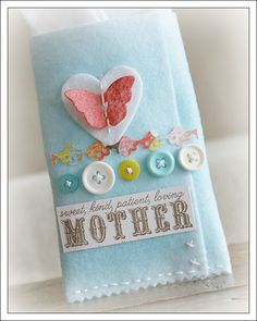 misted white felt to make this, so soft & pretty, love the fading color