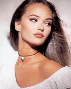 Vanessa Paradis Johnny Depp, Casual Chic, Piercing, 90s Makeup, Hip Hop, Johny Depp, Grunge, Lily Rose Depp, French Beauty