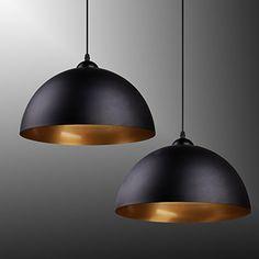 Industrielle Klassische Hängeleuchte in Halbkugelform  Die Lampe passt in Ihr Zimmer, ins Restaurant, in den Keller oder in die Bar. Sie gibt eine wunderschöne und gemütliche Atmosphäre und kann als Dekoration angebracht werden.  Die Lampe besitzt ein elegantes modernes Design und wird aus Metall hergestellt. Sie können nach Wunsch zwischen den Farben Weiß und Schwarz wählen.