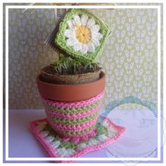 Granny Square Garden Set | A quick and pretty gift to make for Mother's Day