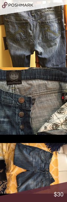 Rock & Republic Jeans Men's Rugged Rock Republic Jeans... the hem is frayed which is the current typical style. The length is 30 inches and the waist 38. The shade and wash of denim is Great! Rock & Republic Jeans Bootcut
