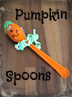 These Pumpkin Spoons are so easy to make and are sure to be a big hit at your child's class party.