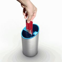 Dipjar let's you pay with plastic.