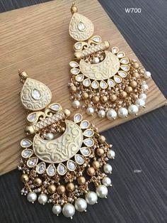 Indian Jewelry Earrings, Indian Jewelry Sets, Silver Jewellery Indian, Ear Jewelry, Jhumki Earrings, Diamond Jewelry, Antique Jewellery Designs, Fancy Jewellery, Stylish Jewelry