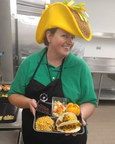 @SchoolLunch &  #TacoTuesday THX @CCSDK12 4 GR8 photo #KidFriendly + SMILE: School Meals Enhance Learning Environments @WesternDairy